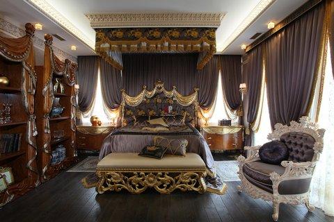 Интерьер спальни в стиле барокко